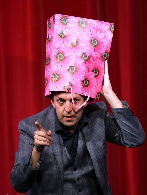 Alan Hudson Corporate Magician